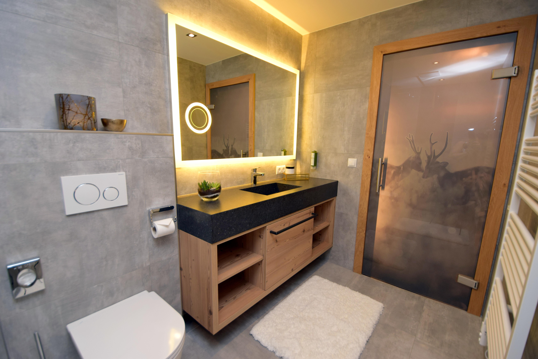 Ferienhaus Mittleres Zillertal 3 - Appartement 1 - Badezimmer