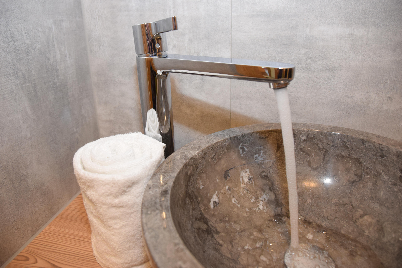 Ferienhaus Mittleres Zillertal 3 - Appartement 1 - Waschbecken