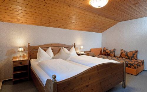 Selbstversorgerhaus Vorderes Zillertal - Appartement 4 - Schlafzimmer