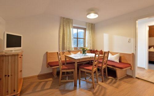 Selbstversorgerhaus Vorderes Zillertal - Appartement 4 - Wohnbereich