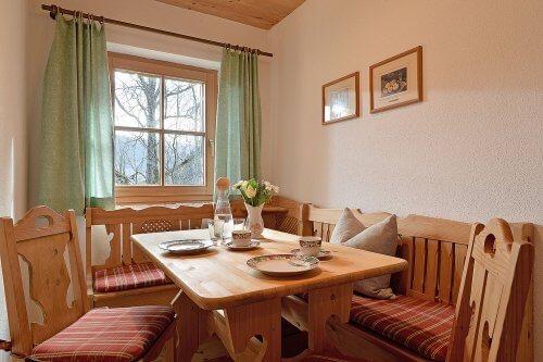 Selbstversorgerhaus Vorderes Zillertal 3 - Appartement 2 - Essecke
