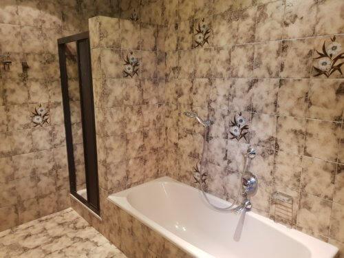 Selbstversorgerhaus Vorderes Zillertal 4 - Appartement 1 - Badezimmer