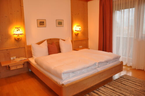 Selbstversorgerhaus Vorderes Zillertal 4 - Appartement 2 - Schlafzimmer